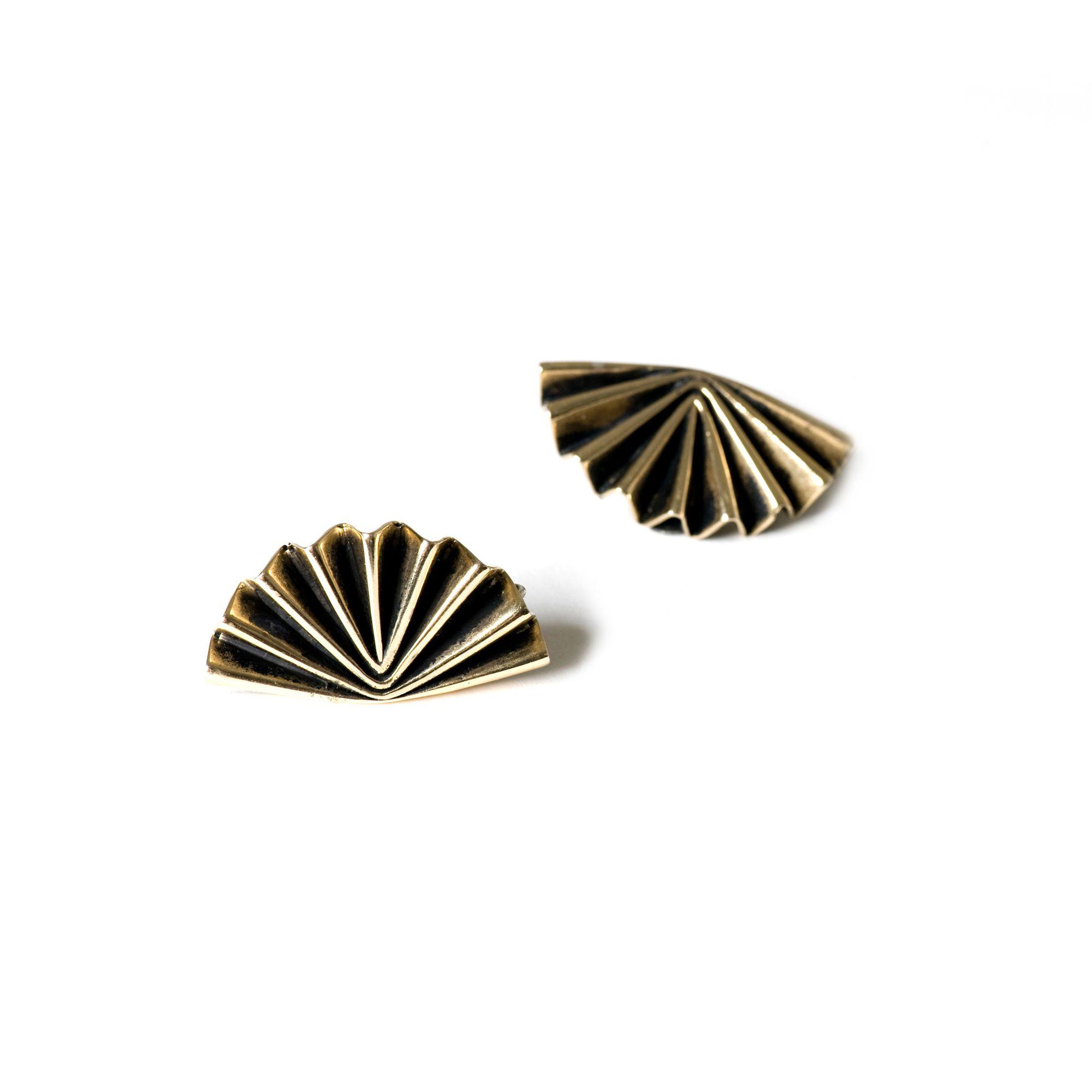 Orecchini 'Ventaglio' classico Orecchini in bronzo e argento brunito