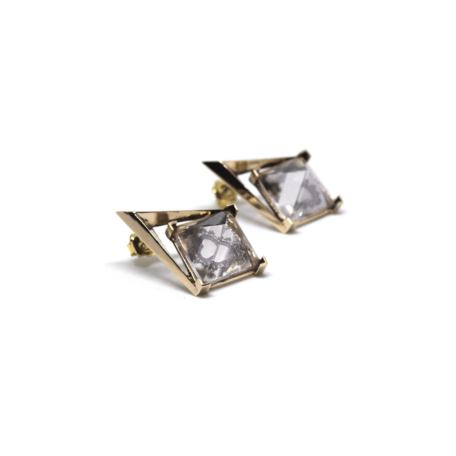 'Entropia' earrings Earrings in bronze with pyramid