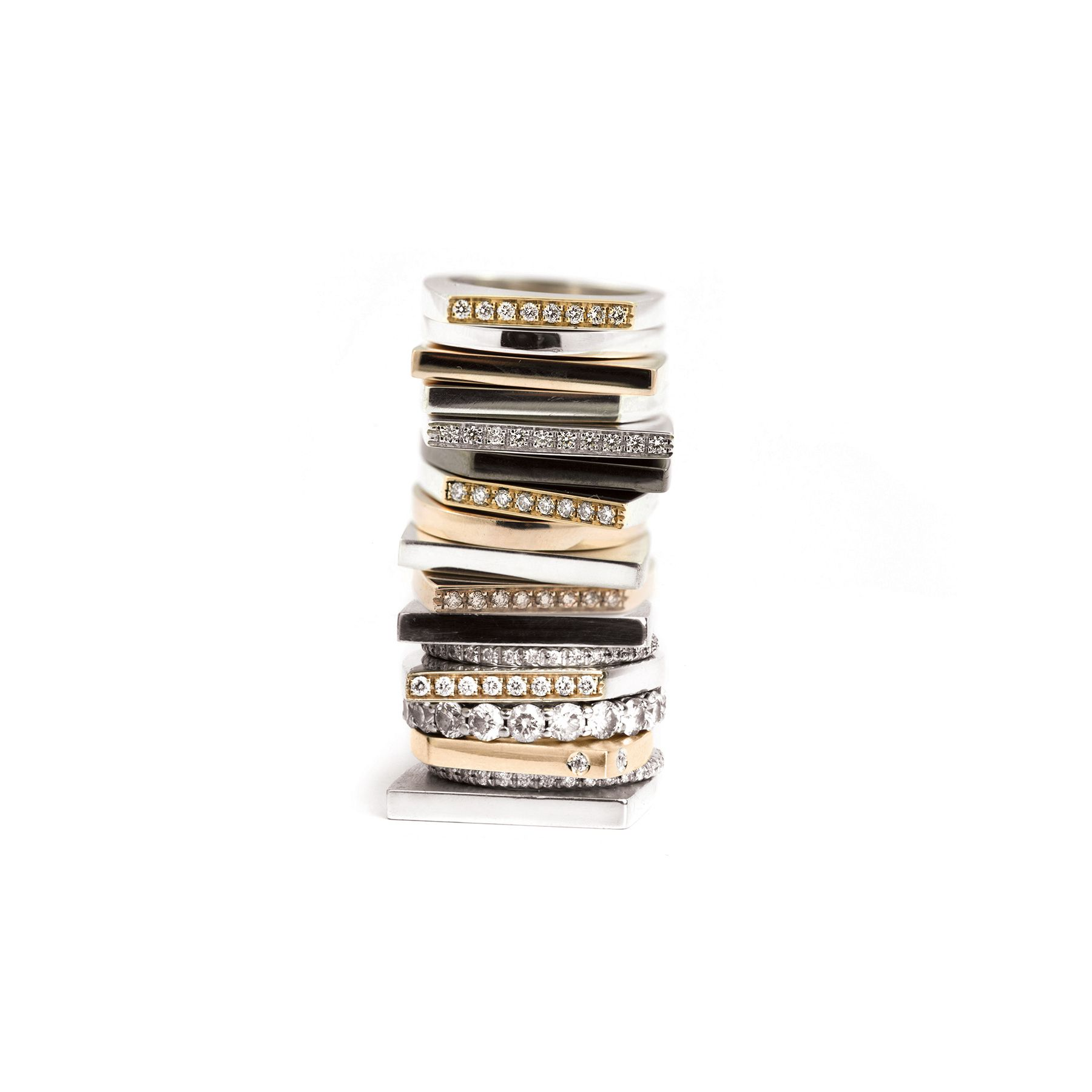 Modular 'Congiunzioni' rings Rings in gold, silver and bronze