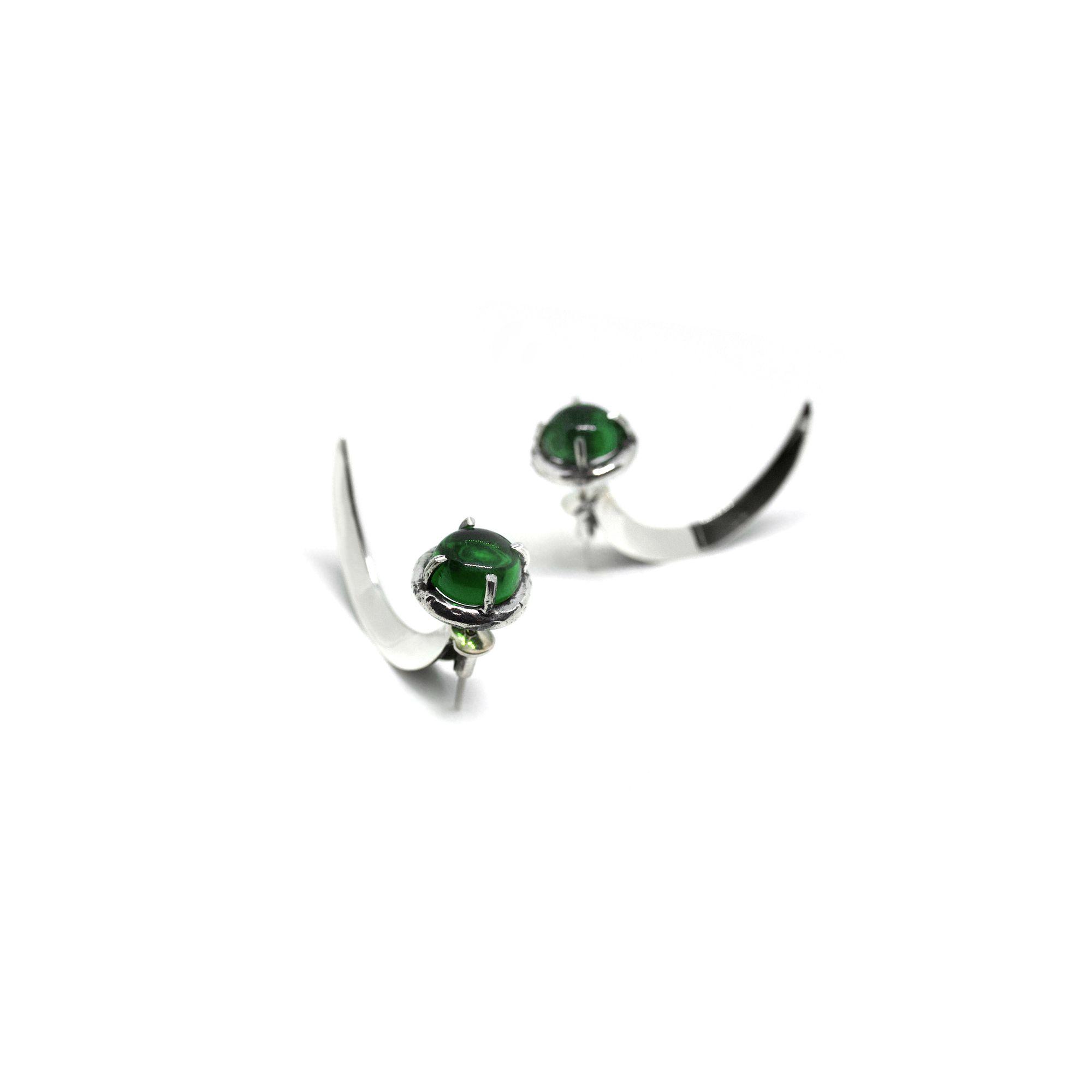 Uncini con cristallo verde Orecchino in argento