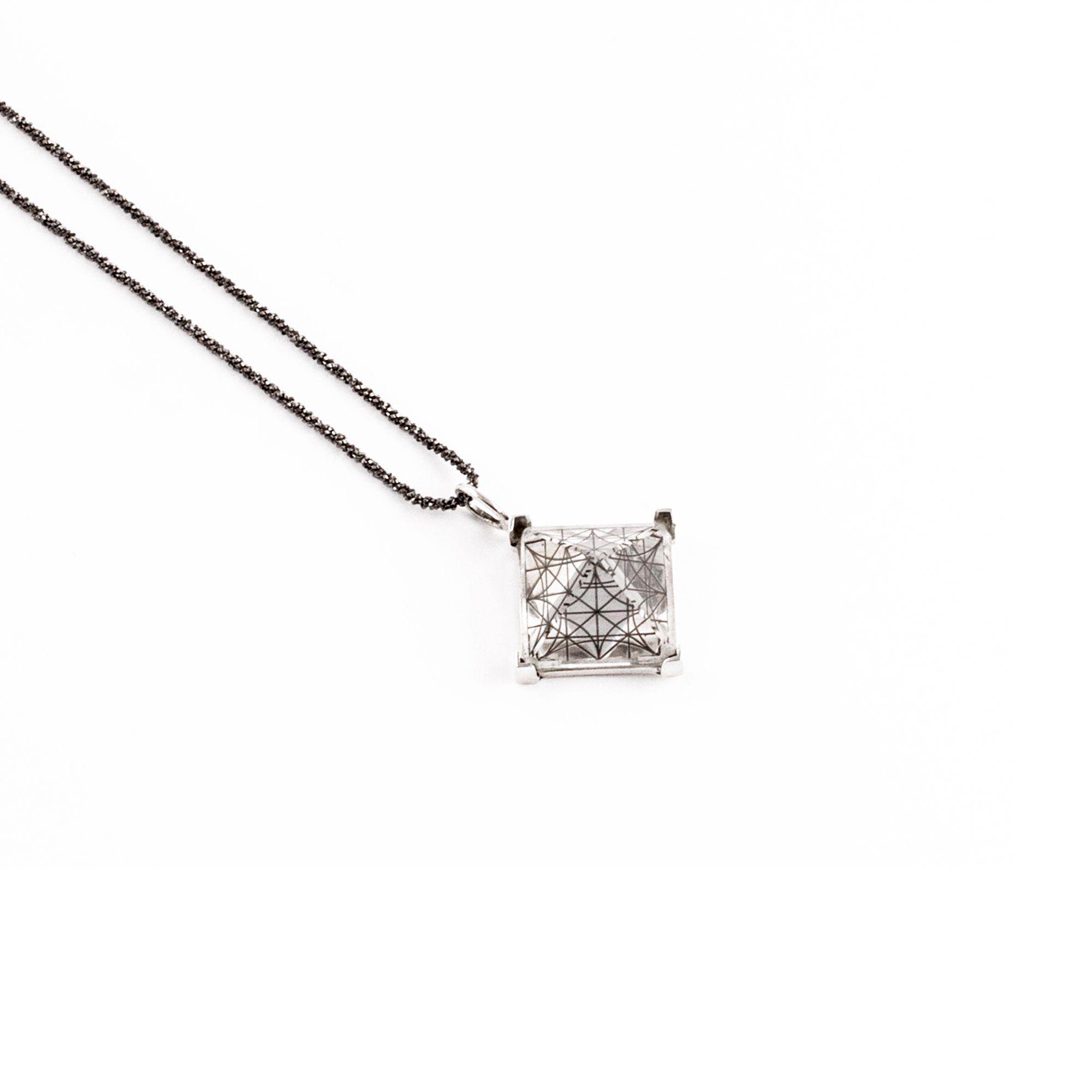 Entropia xs pendant Pendant in silver