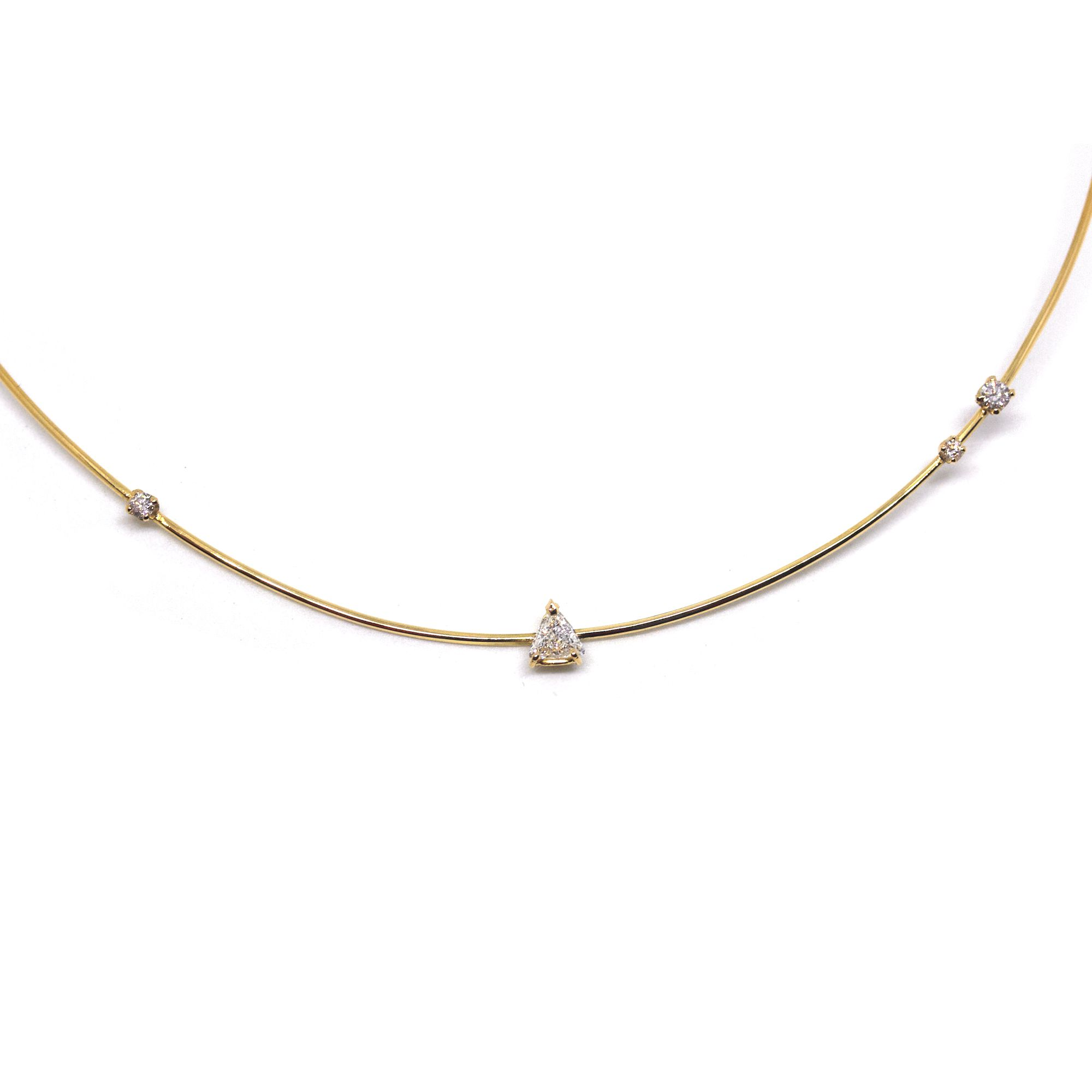 Yellow gold 'Balance' cocker Yellow gold necklace with white diamonds