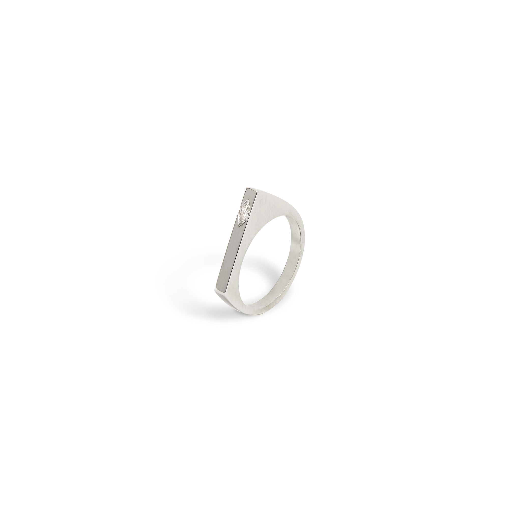 Modular 'Congiunzioni' point ring with marquise Ring in white gold and marquise diamond