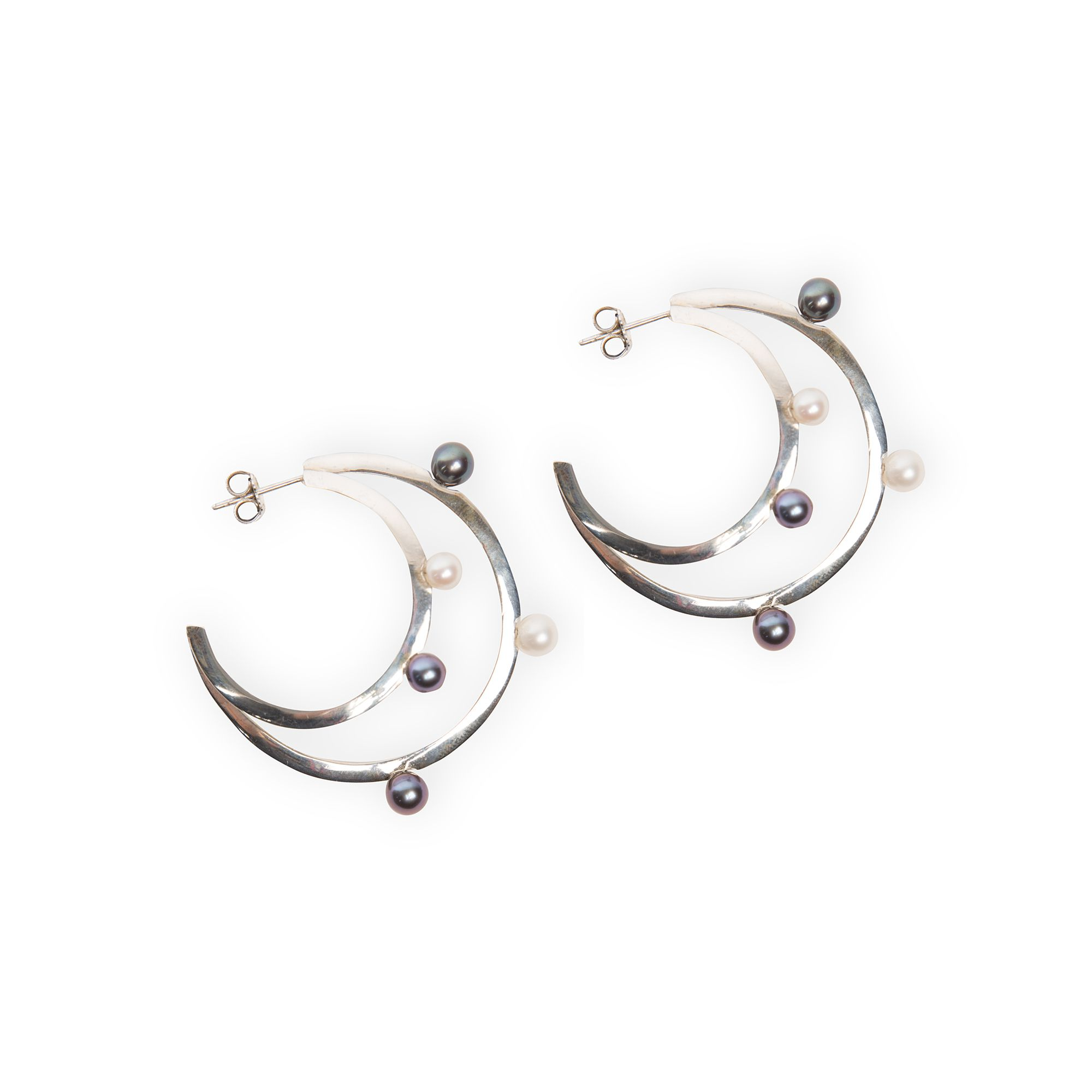 Double hoop earrings with pearls earrings in silver with pearls