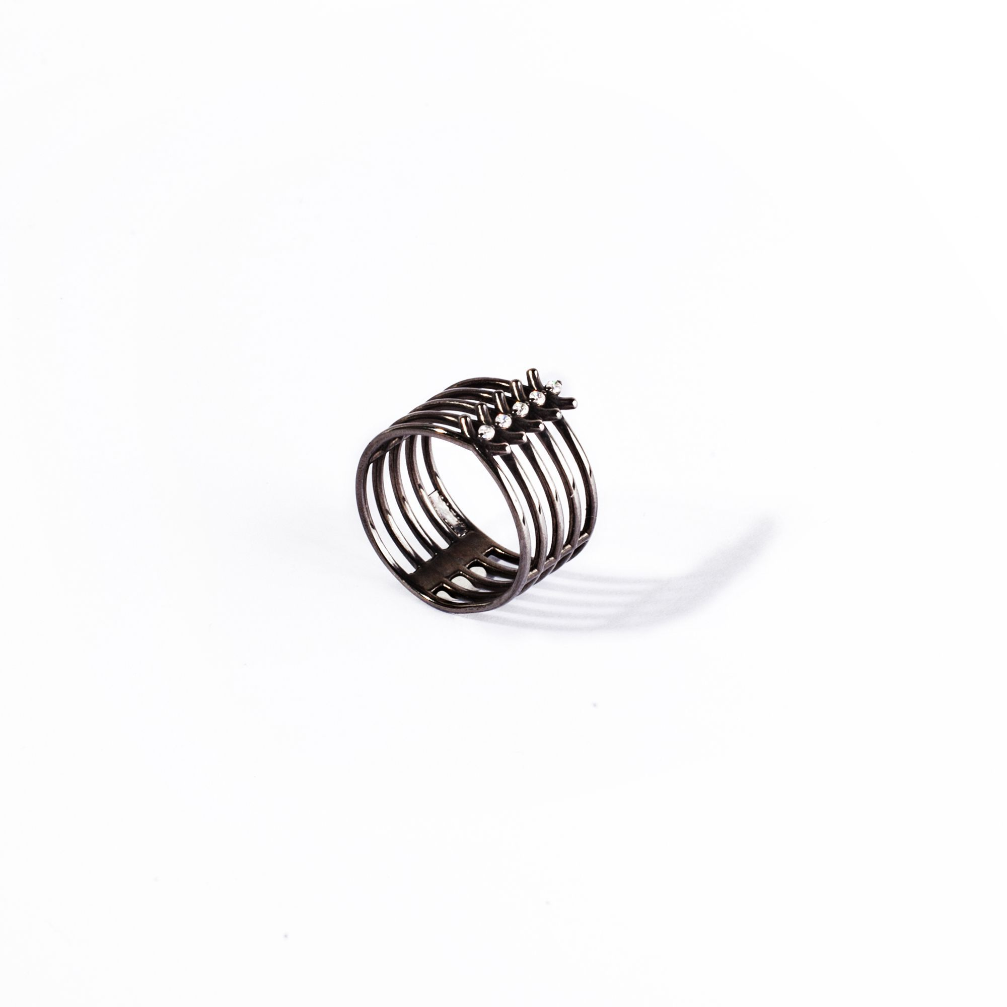 5 element 'Spinae' ring black silver ring