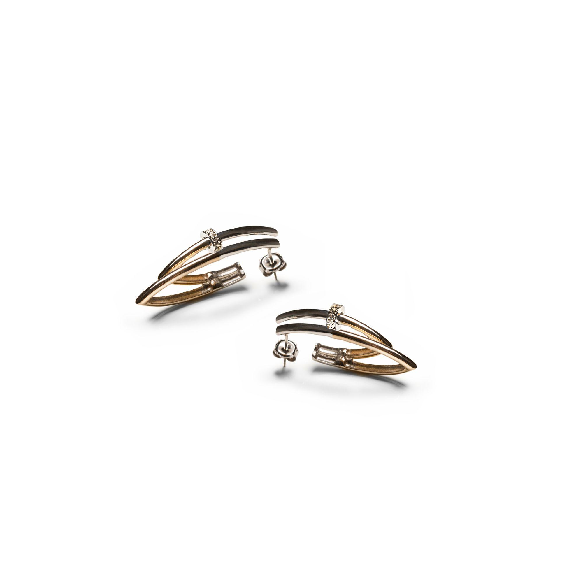 Orecchino 'Neon' angolo piccolo e bulloni Orecchino in argento e bronzo e zaffiri