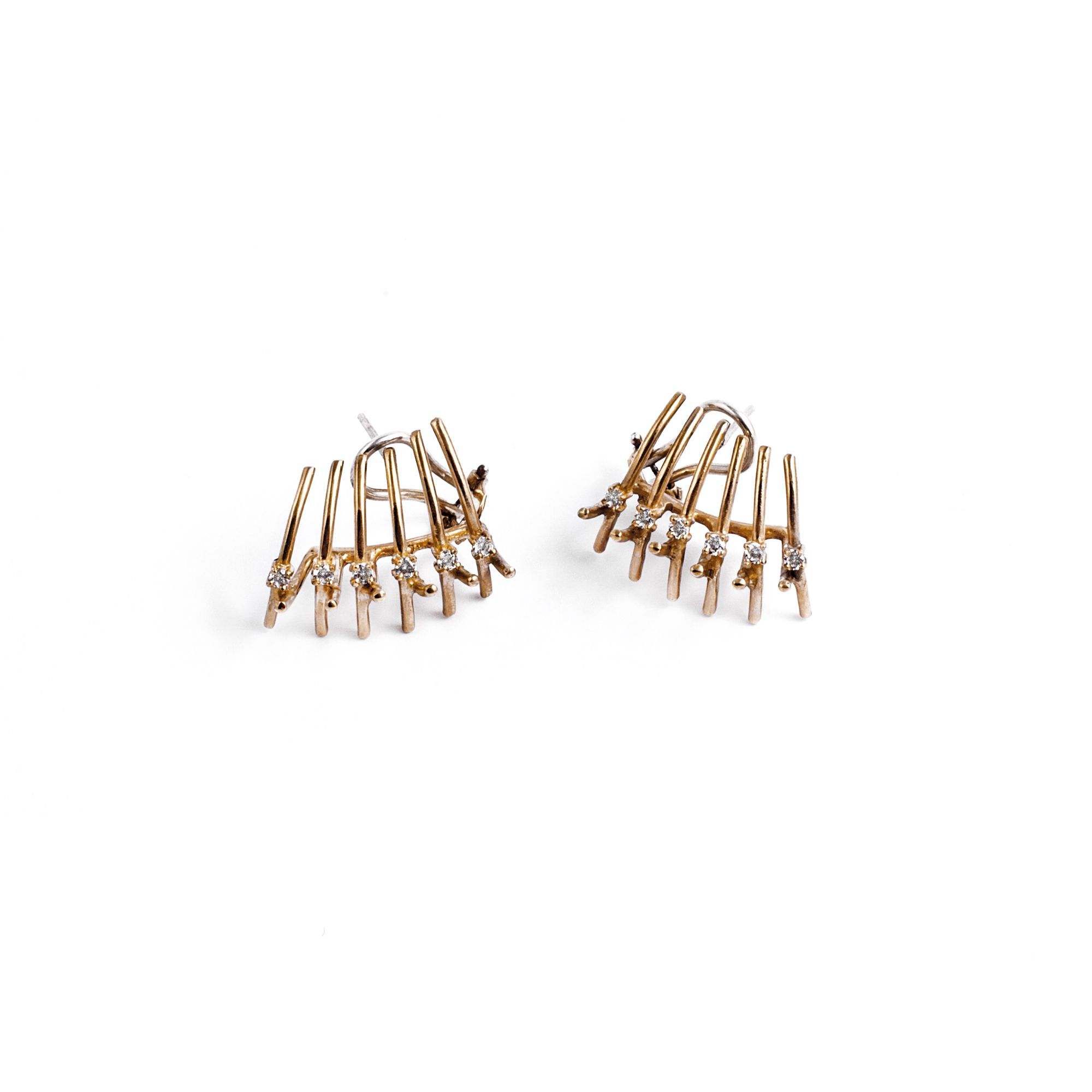 'Spinae' shell earrings Lobe earrings in bronze