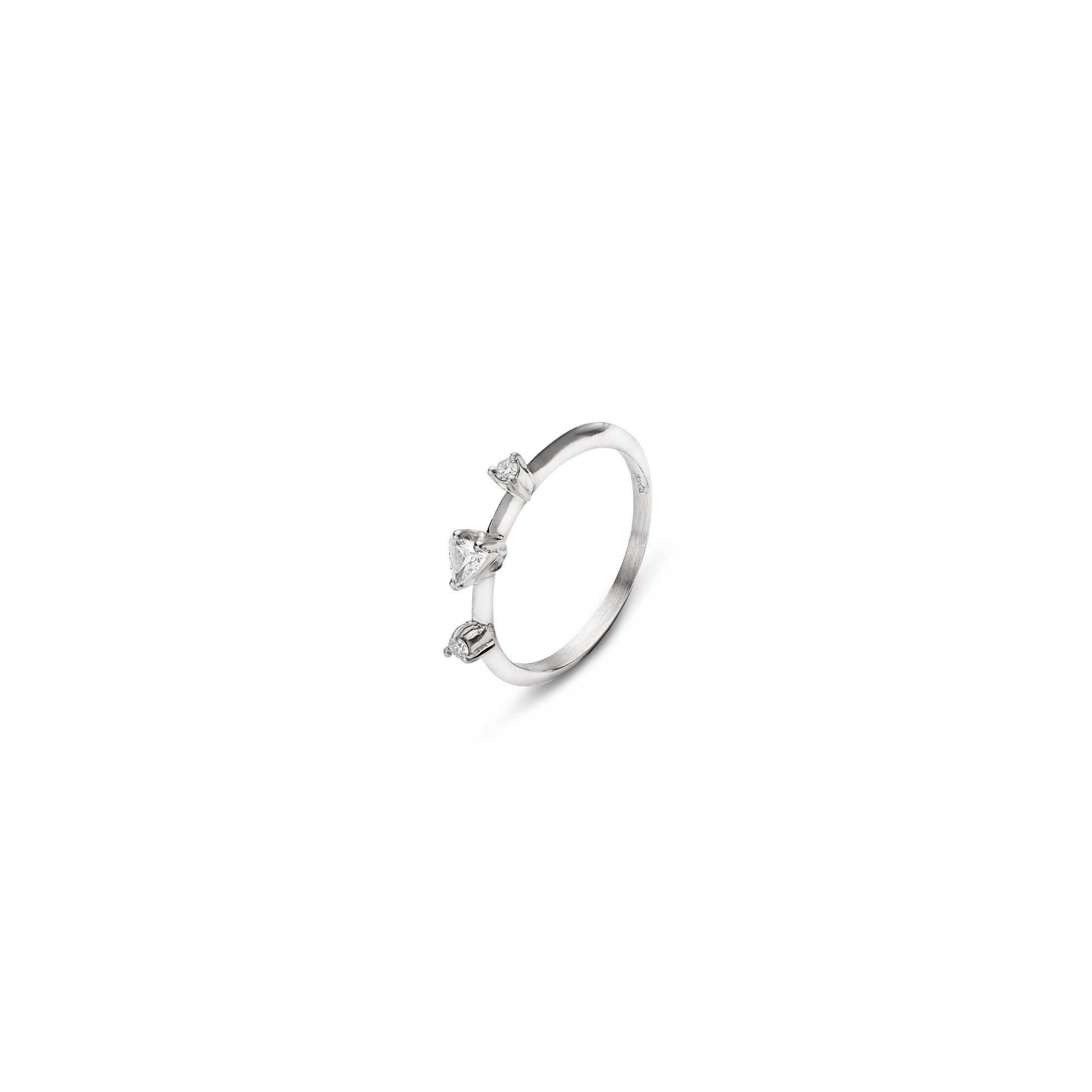 White gold 'Balance' ring with triangle cut diamond White gold ring with diamonds