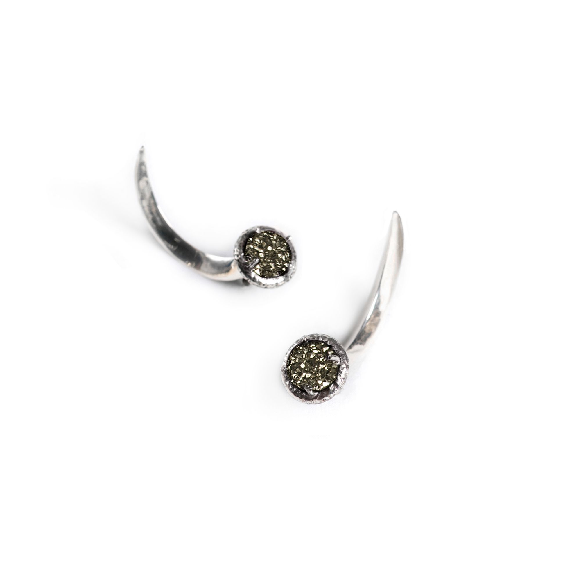 Drusa Hooks Silver earrings with mineral