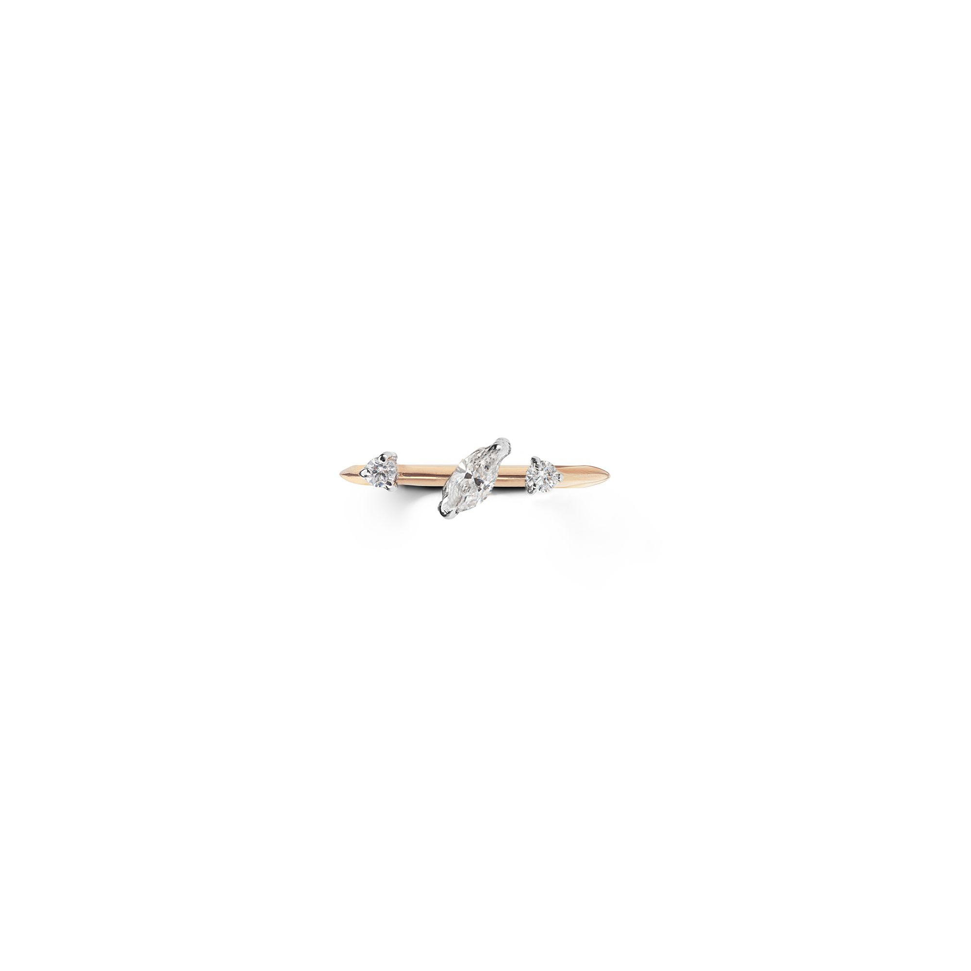 Pink gold 'Balance' ring with marquise Ring in pink gold and diamods