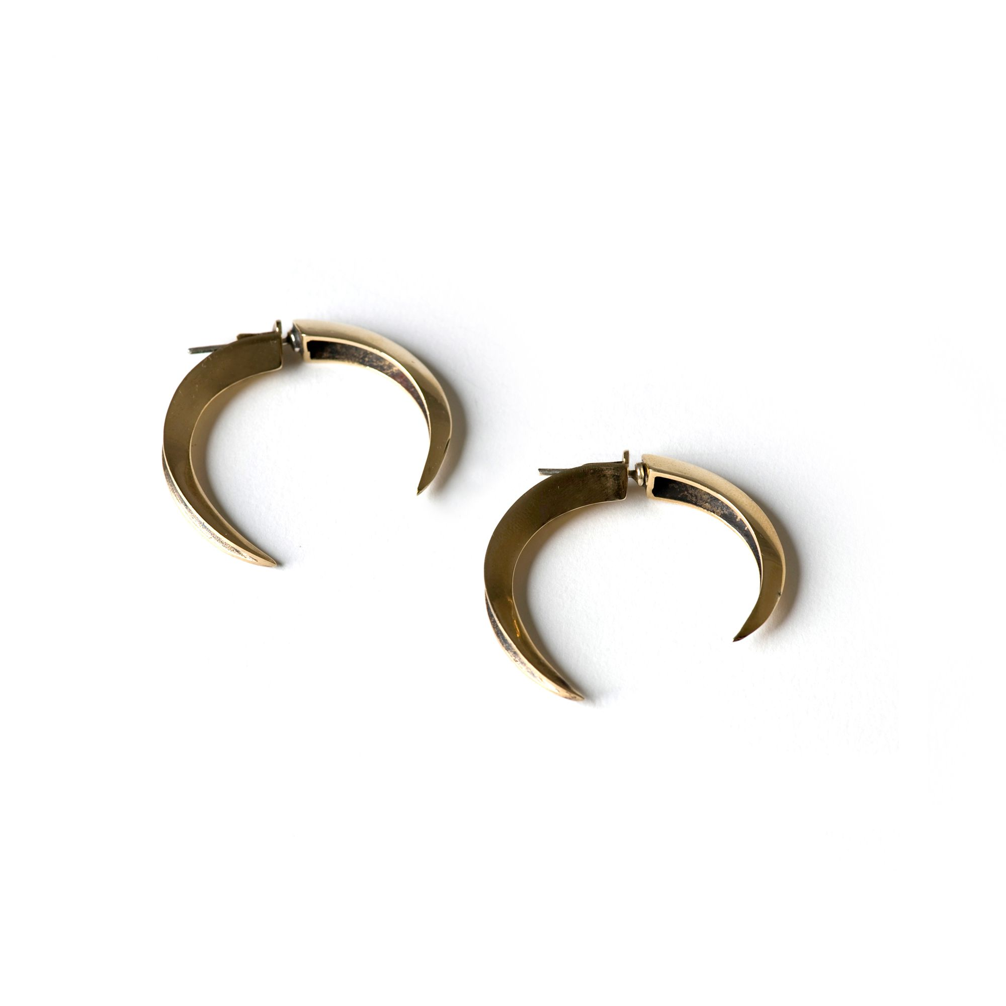 Front|back Hooks Earrings in bronze