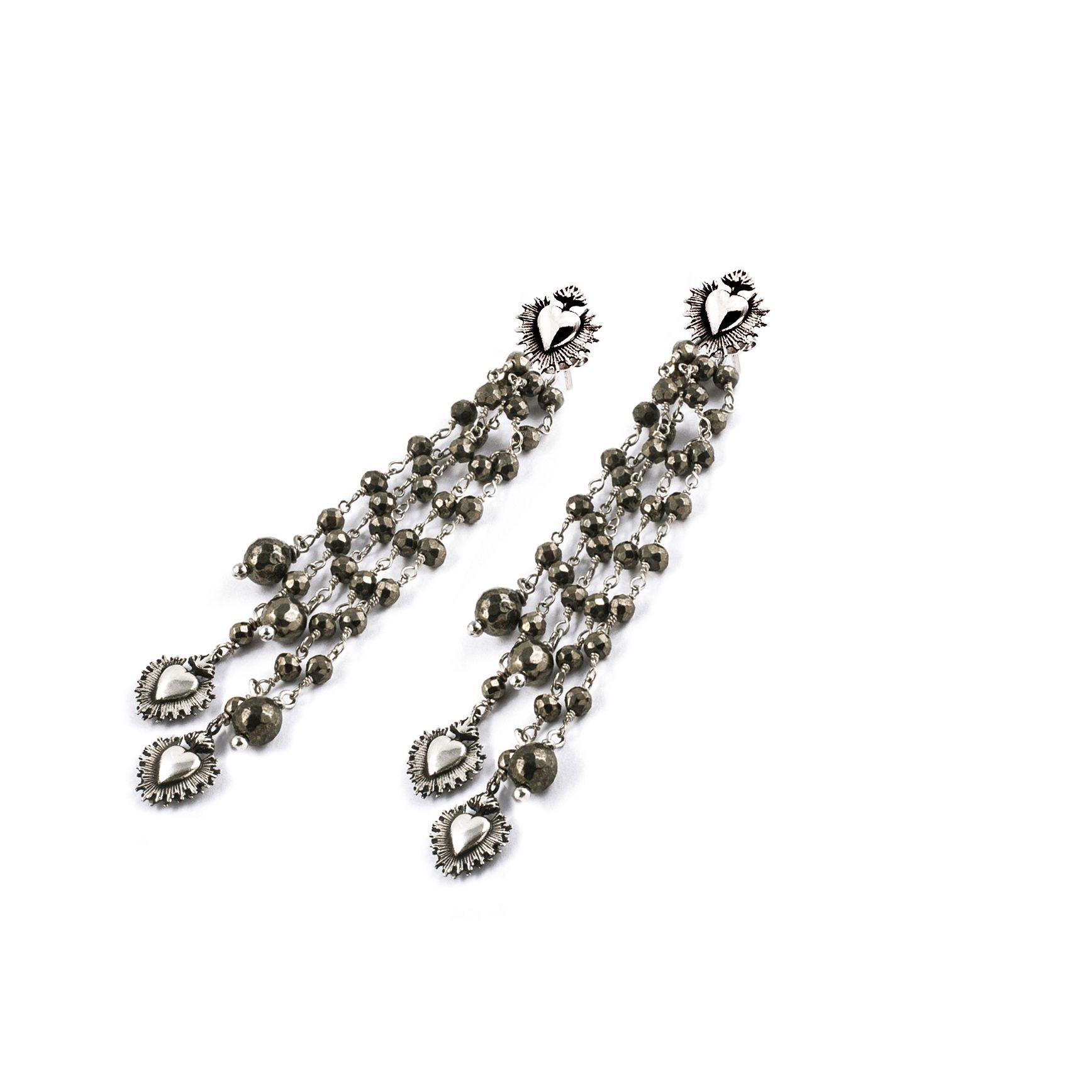 Orecchini con frangia 'Cuore Sacro' Orecchini in argento e pirite